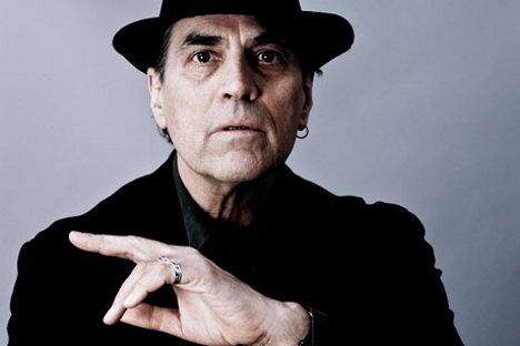Performing Acts Eric Andersen